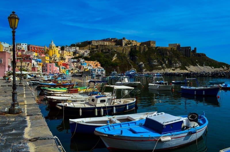 Vue incroyable du beau Procida, Naples, Italie image stock