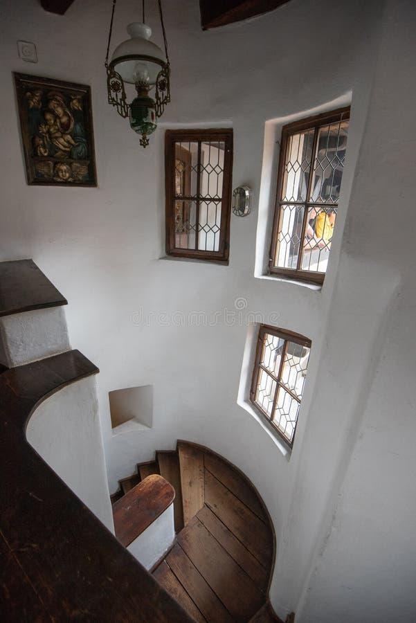Vue intérieure de château de son de Roumanie, également connue sous le nom de château de Dracula photo libre de droits