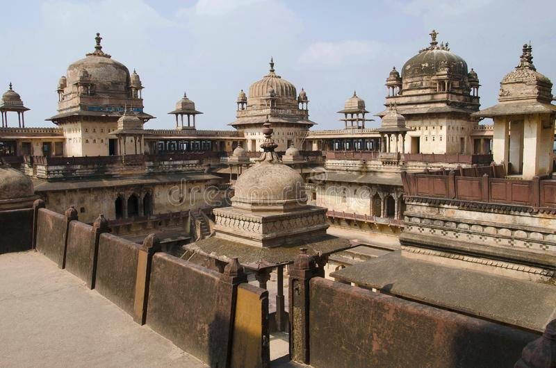 Vue intérieure de Jahangir Palace Complexe de fort de palais d'Orchha Orchha Madhya Pradesh photographie stock