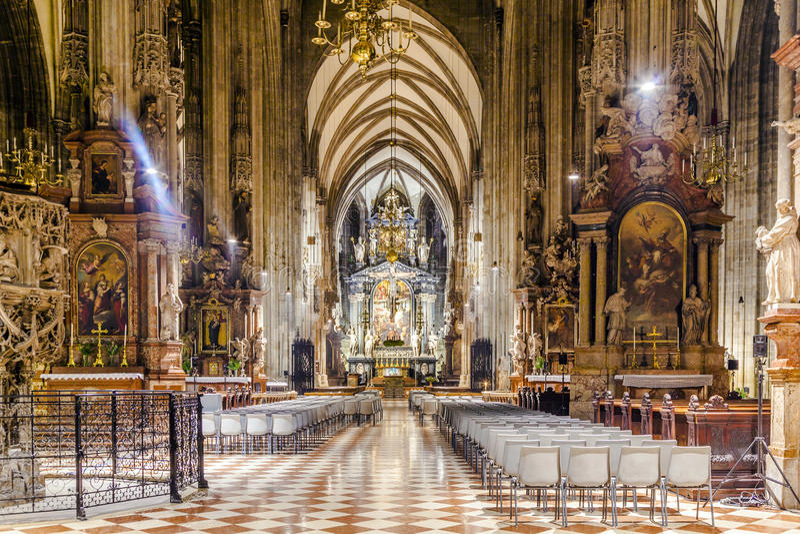 Vue intérieure de la cathédrale de St Stephen, Vienne images stock