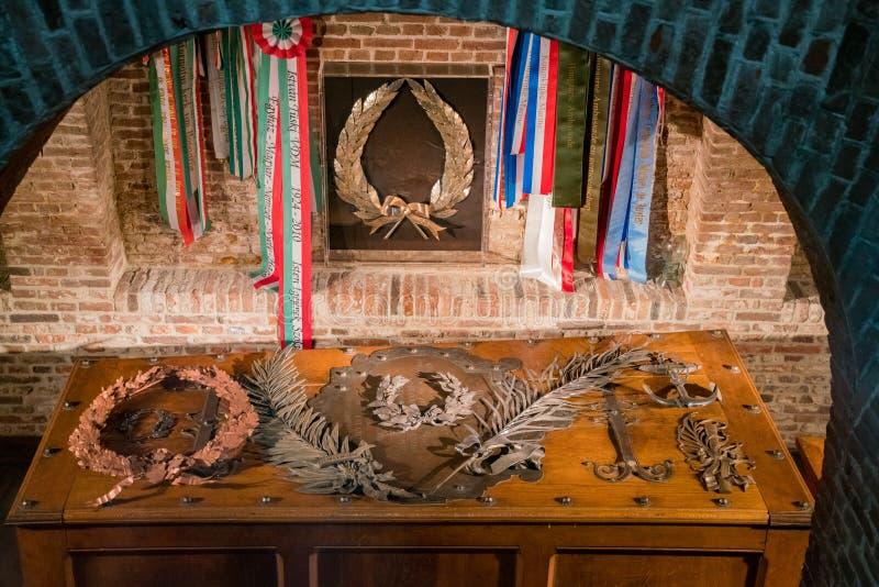 Vue intérieure de la nouvelle église photo libre de droits