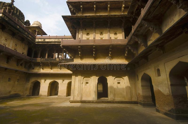Vue intérieure de palais de Datia Également connu comme BIR Singh Palace ou BIR Singh Dev Palace Datia Madhya Pradesh photo stock