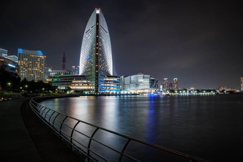 Vue intercontinentale de Grand Hôtel de Yokohama la nuit Longue exposition Orientation d'horizontal photo stock