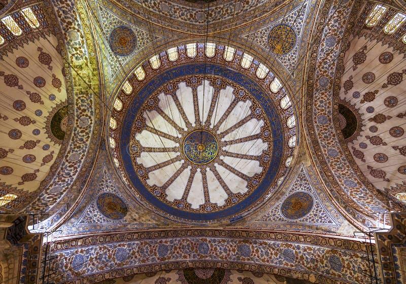 Vue interne de mosquée bleue, Sultanahmet photo libre de droits