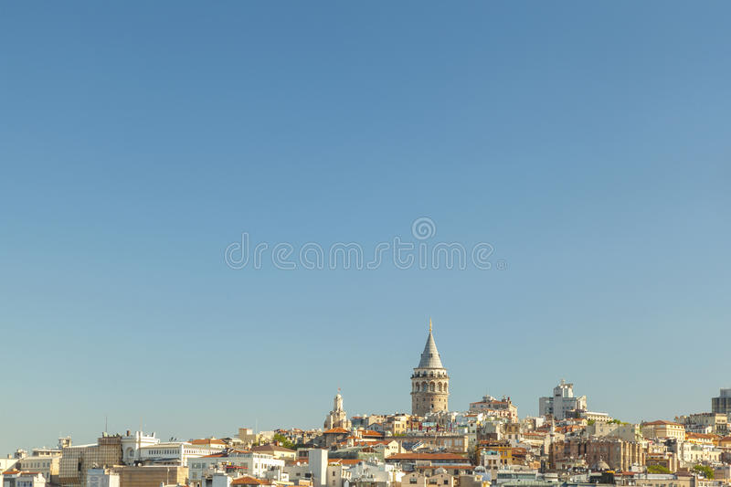 Vue large de tour Istanbul de Galata photo stock