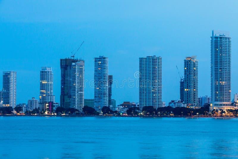 Vue métropolitaine de gratte-ciel de Penang de George Town photos libres de droits