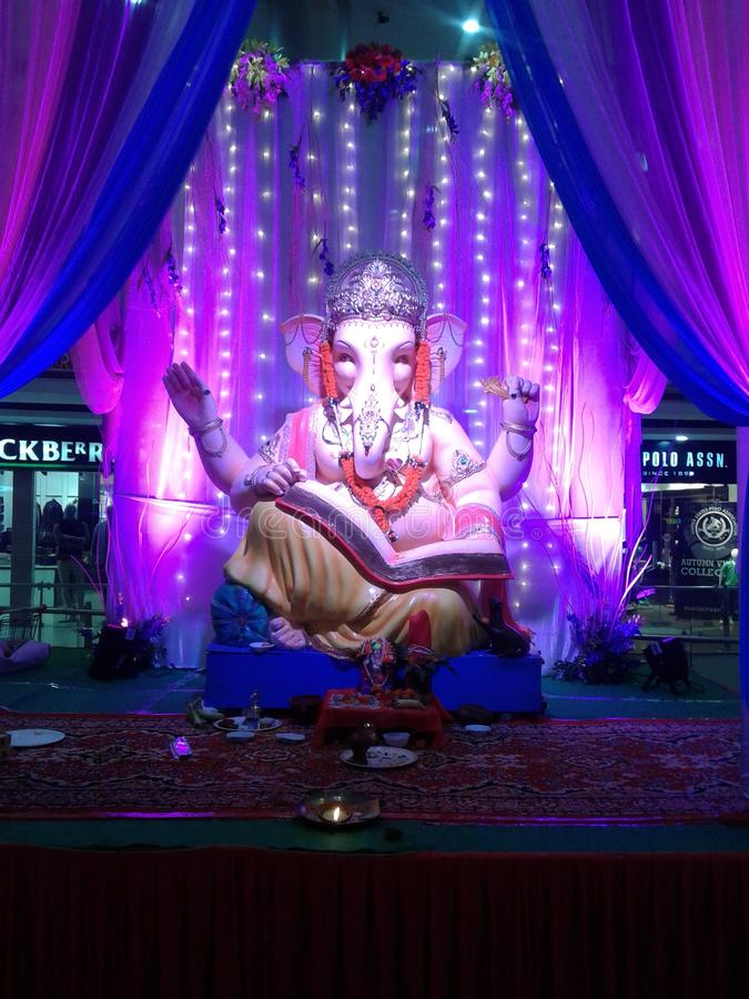Vue magnifique de ganesha de seigneur dans un centre commercial photographie stock