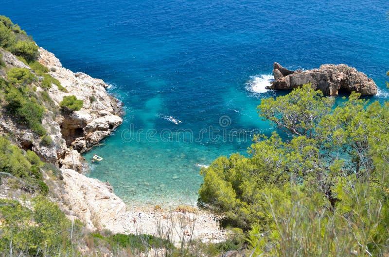 Vue magnifique de plage méditerranéenne photographie stock