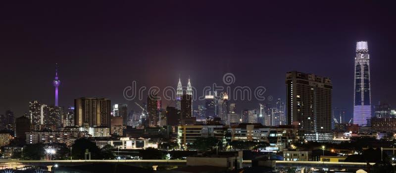 Vue nocturne de Kuala Lumpur photos libres de droits
