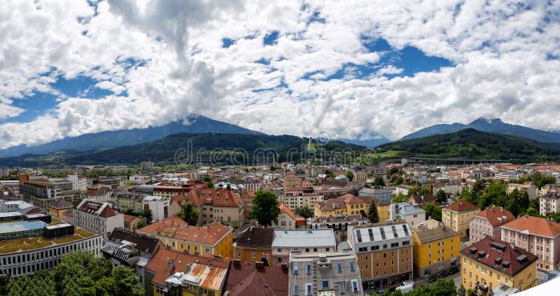 Vue panoramique au-dessus d'Innsbruck, Autriche photographie stock