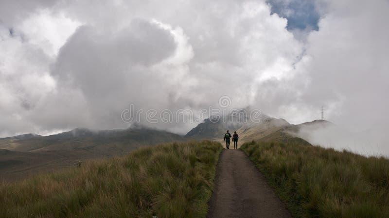 Vue panoramique au volcan de Pichincha photographie stock libre de droits