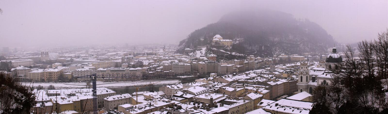 Vue panoramique château de forteresse de Hohensalzburg de vieux à Salzbourg photo libre de droits