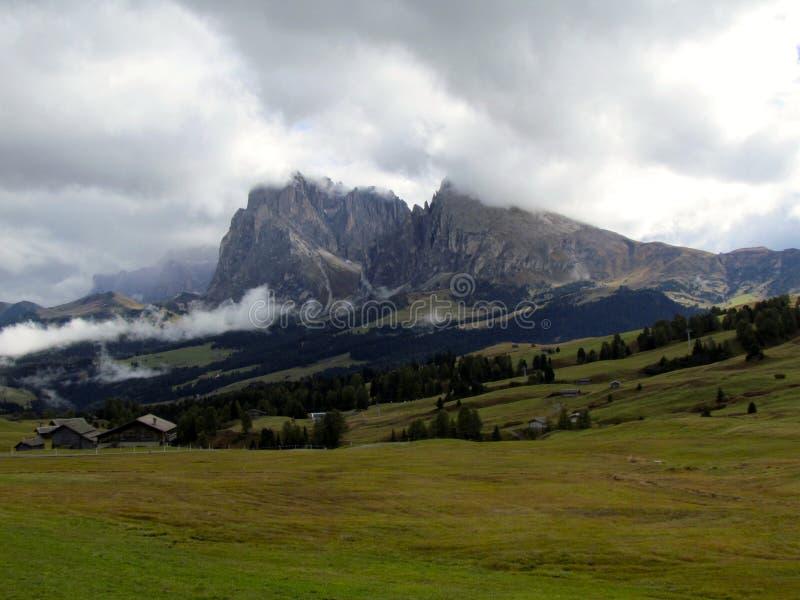 Vue panoramique d'Alpe di Siusi Alps image libre de droits