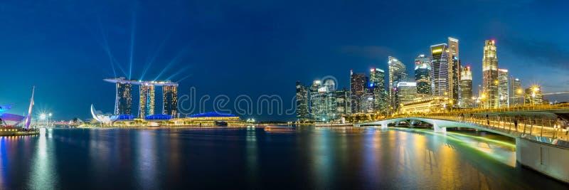 Vue panoramique d'horizon de district des affaires de Singapour image stock
