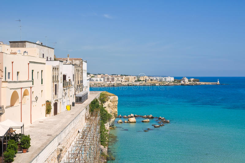 Vue panoramique d'Otranto. La Puglia. l'Italie. photos stock