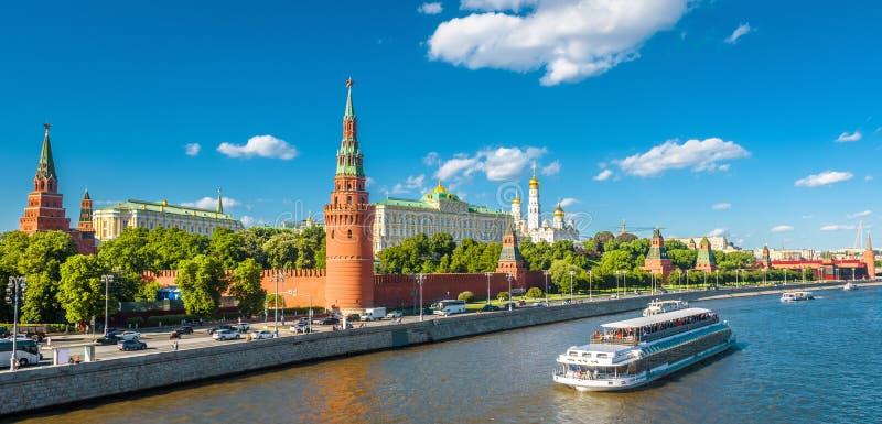 Vue panoramique de belle Moscou Kremlin photo stock