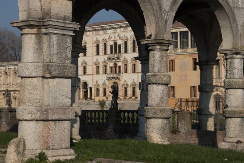 Vue panoramique de Contarini de villa d'une villa antique par Andrea Pal images libres de droits