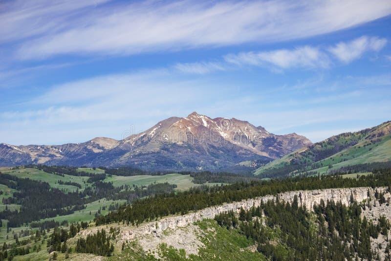 Vue panoramique de crête de Bunsen, parc national de Yellowstone, Wyoming images stock