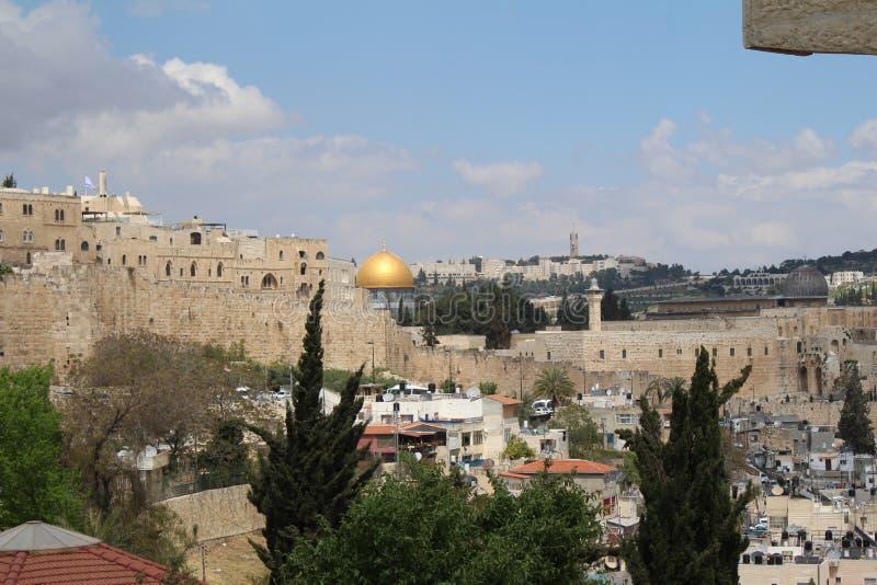 Vue panoramique de Jérusalem avec le dôme de la roche et de l'Esplanade des mosquées du mont des Oliviers, Jérusalem images stock