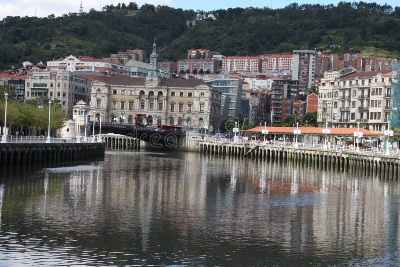 Vue panoramique de la ville de Bilbao images libres de droits
