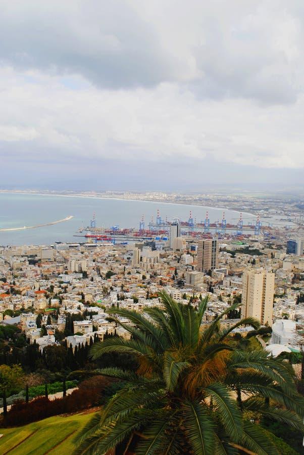 Vue panoramique de la ville de Haifa Israel images libres de droits