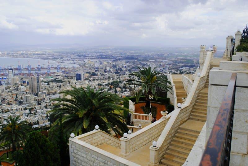 Vue panoramique de la ville de Haifa Israel photos libres de droits