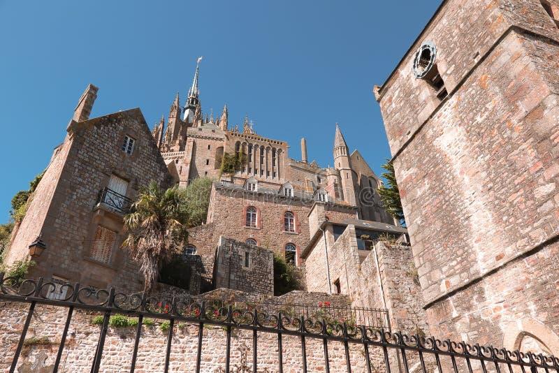 Vue panoramique de le célèbre Mont Saint-Michel photos stock