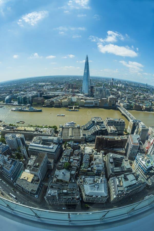 Vue panoramique de Londres de jardin de ciel dans le talkie-walkie images libres de droits