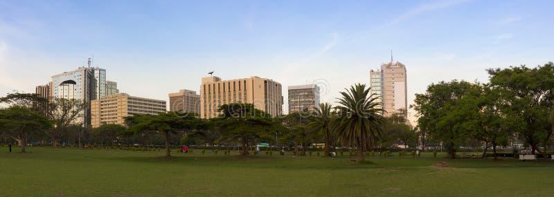 Vue panoramique de Nairobi du centre et de Central Park photographie stock
