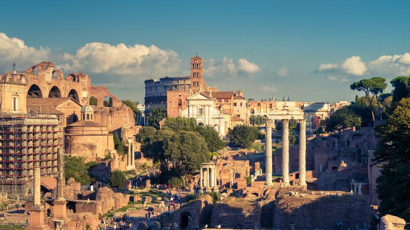 Vue panoramique de Roman Forum à Rome, Italie photos libres de droits