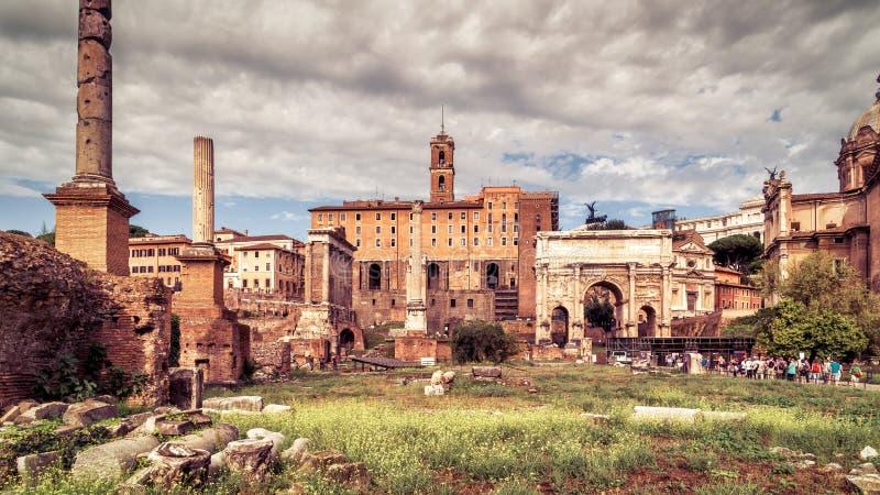 Vue panoramique de Roman Forum à Rome, Italie images stock