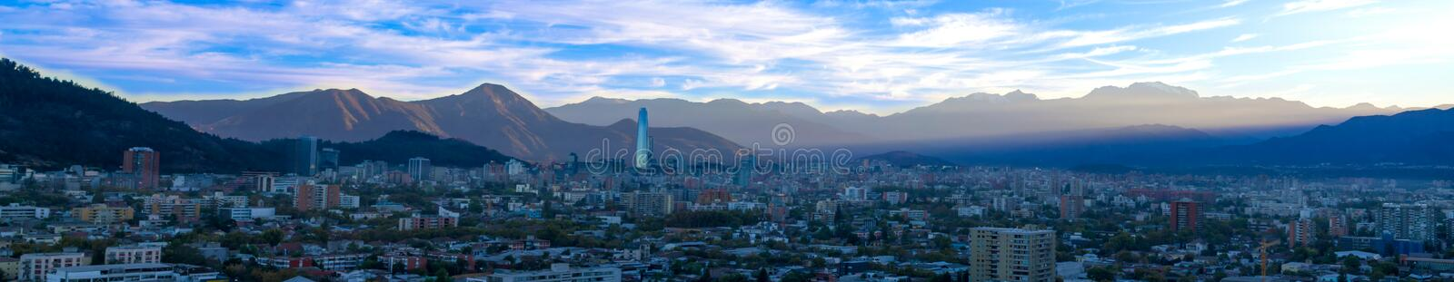 Vue panoramique de Santiago au Chili photographie stock