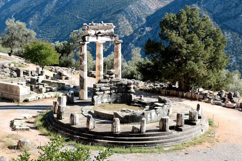Vue panoramique de temple d'Athena Pronea Delphi Greece photo stock