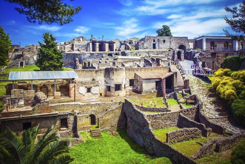 Vue panoramique de ville antique de Pompeii avec des maisons et des rues Pompéi est ville romaine antique est morte de l'éruption image stock