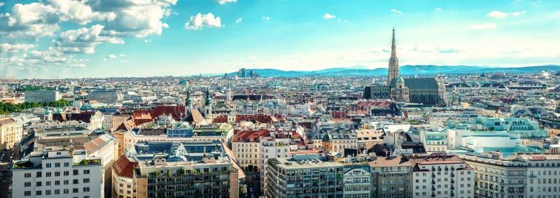 Vue panoramique de ville de Vienne images libres de droits