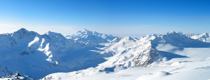 Vue panoramique des montagnes photo stock