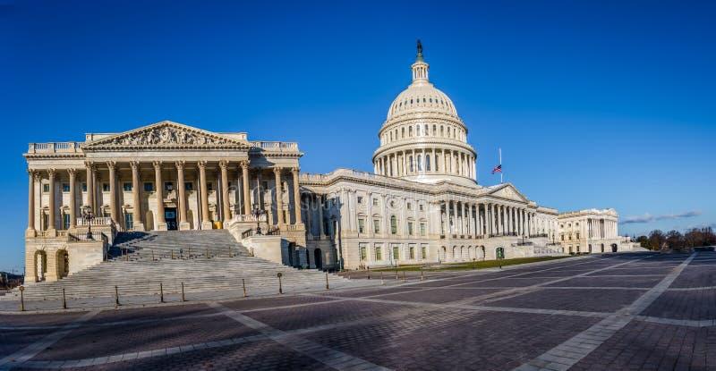 Vue panoramique du bâtiment de capitol des Etats-Unis - Washington, C.C, Etats-Unis photos libres de droits