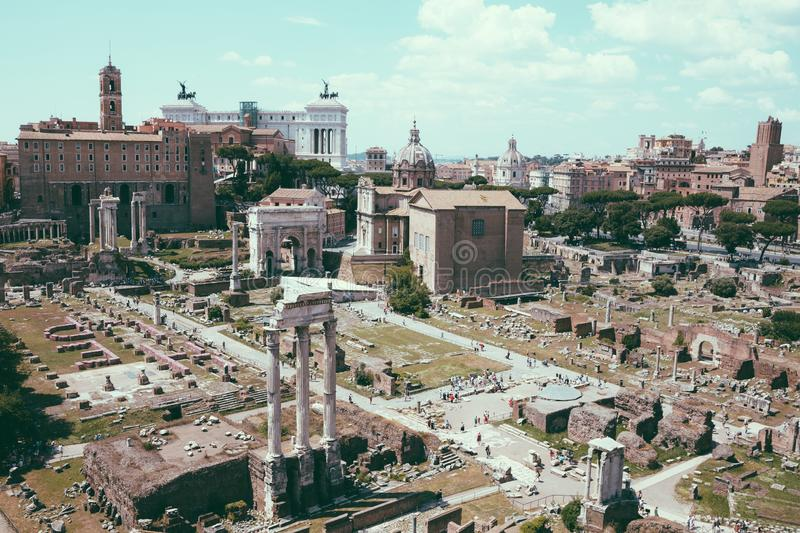 Vue panoramique du forum romain, ?galement connue par le forum Romanum image stock