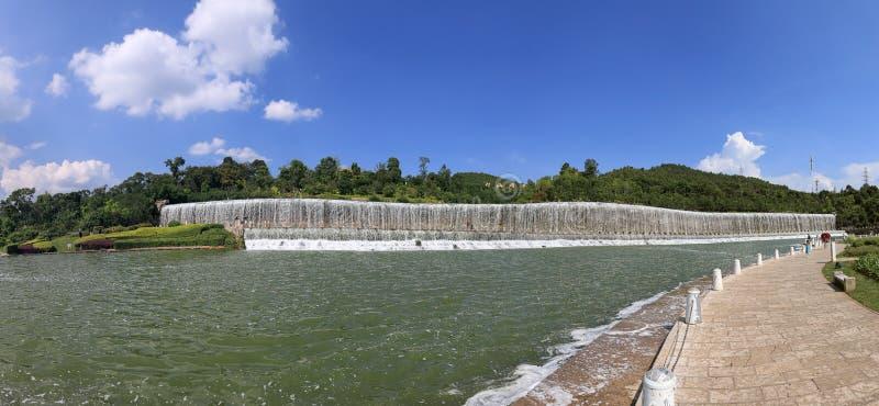 Vue panoramique du jardin botanique de jardin de Yuxi, une des plus grande dans Yuxi image libre de droits