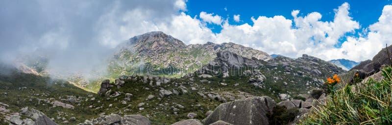 Vue panoramique du parc national d'Itatiaia photographie stock libre de droits