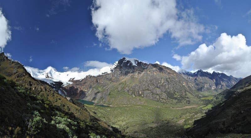 Vue panoramique fantastique dans deux le valley& x27 ; s image stock
