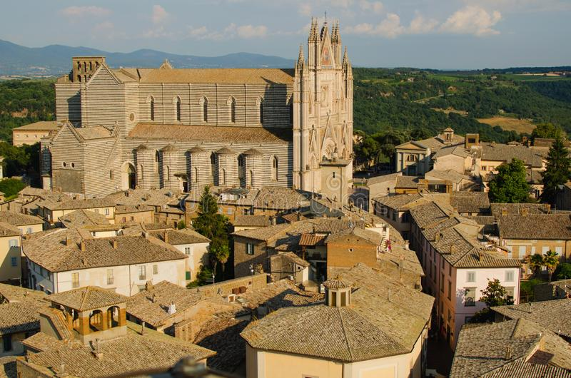 Vue panoramique sur la cathédrale d'Orvieto, Italie image stock