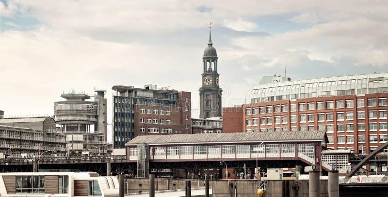 Vue panoramique vers Hambourg photographie stock libre de droits