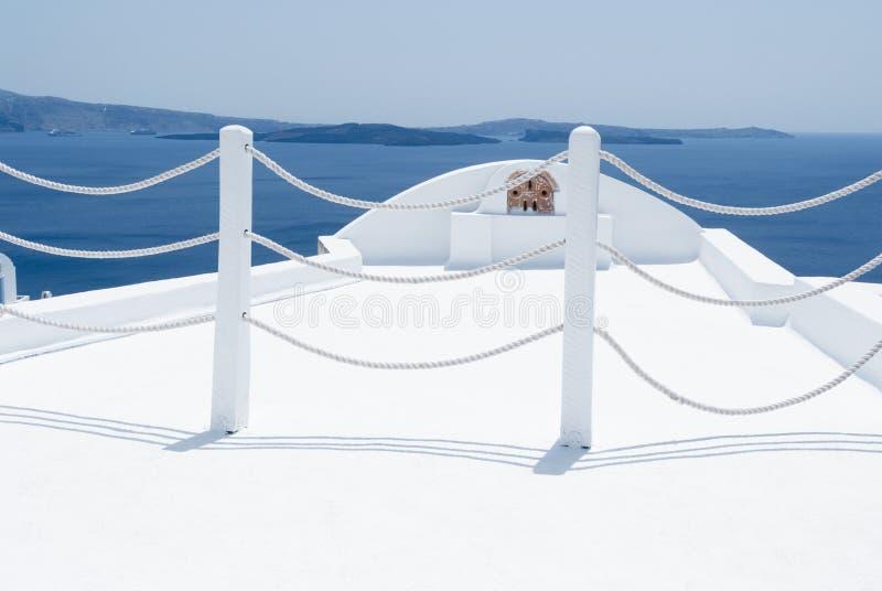 Vue panoramique vers la mer ?g?e d'Oia, Santorini photos stock