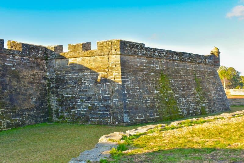 Vue partielle de Castillo de San Marcos Fort dans la côte historique de la Floride photos libres de droits
