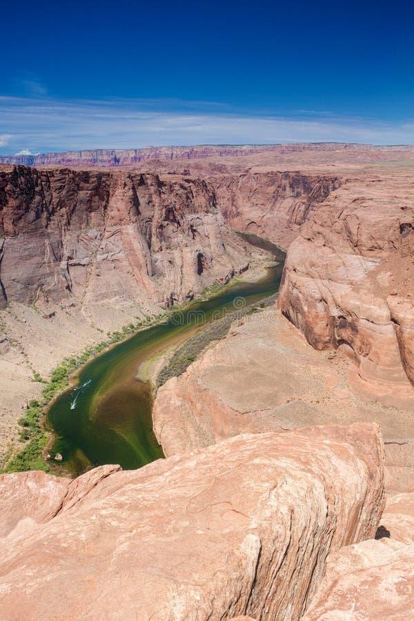 Vue partielle de la courbure en fer à cheval dans l'état de l'Arizona, Etats-Unis o photo stock