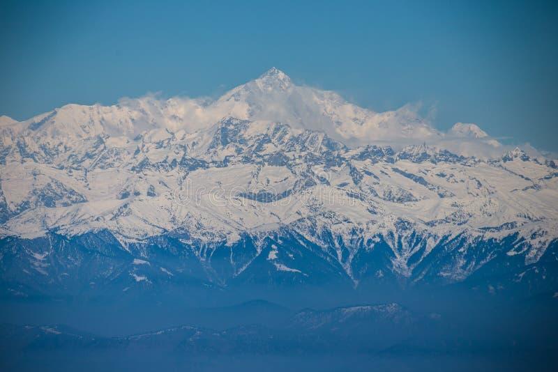 Vue pour faire une pointe Nanga Parbat de Gulmarg photographie stock libre de droits