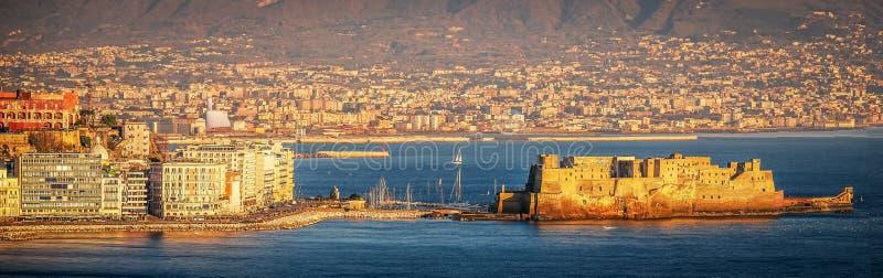 """Vue scénique aérienne du vallon de Castel """"Ovo à Naples images stock"""