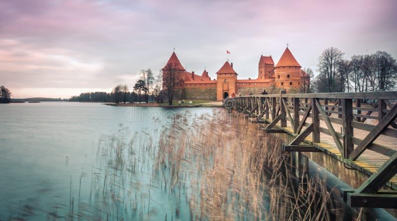 Vue scénique de château dans Trakai, Lithuanie. photos stock