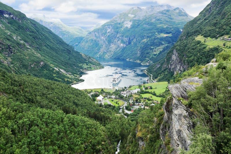 Vue scénique de Geirangerfjord (Norvège) images stock